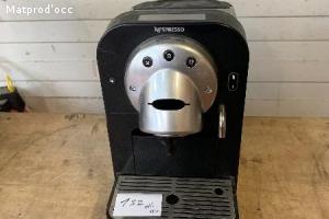 Machine a café Nespresso Pro