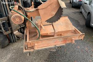 scie de chantier a eau pour brique